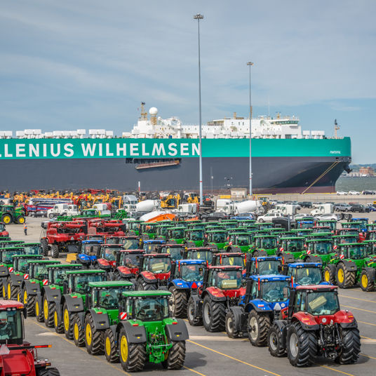 Equipment on the terminal in front of Wallenius Wilhelmsen vessel